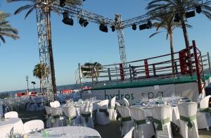Entradas para 7 combates de boxeo profesional + Beach Club