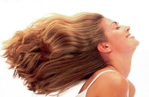 Sesión de peluquería con botox capilar, corte y peinado
